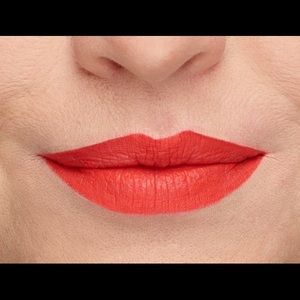 MOODSTRUCK SPLASH liquid lipstick- Smashing